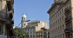 Architettura sulle vie di Barcellona Immagini Stock Libere da Diritti
