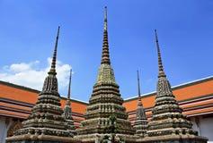 Architettura tailandese autentica in Wat Pho a Bangkok della Tailandia Fotografia Stock