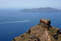 Architettura tradizionale del villaggio di OIA sull'isola di Santorini Immagine Stock