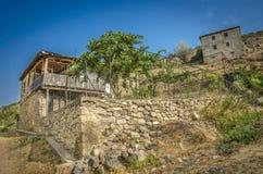 Architettura tradizionale di casa di pietra nella regione di Mariovo, Macedoonia immagini stock libere da diritti