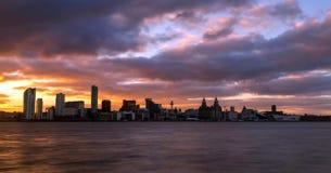 Archivbild der Skyline von Liverpool, Großbritannien lizenzfreie stockfotos