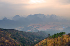 Archivbild von Berg Guilins Yaoshan, China Stockbild
