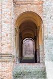 archs arrotondati del villaggio medievale Fotografia Stock Libera da Diritti