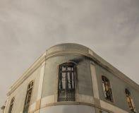 Archtecture/a bränt hus, Lissabon, Portugal Arkivfoton