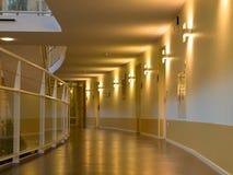 Archway em um edifício urbano moderno Imagens de Stock