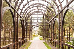 Archway in garden Royalty Free Stock Photography
