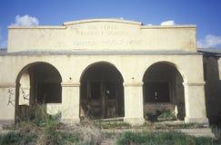 Archways opustoszała szkoła, CA zdjęcie royalty free