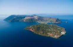 Arcipelago delle isole eolie in Sicilia Immagini Stock Libere da Diritti