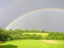 Arco-íris acima do monte Imagens de Stock