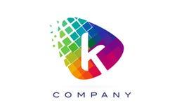 Arco-íris colorido Logo Design da letra K ilustração stock