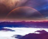 Arco-íris do verão nas montanhas Fotos de Stock