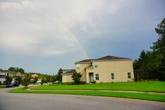 Arco-íris e casa em Florida Fotos de Stock