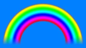 Arco-íris no céu com o resíduo metálico alfa que desloca para baixo, laço sem emenda filme