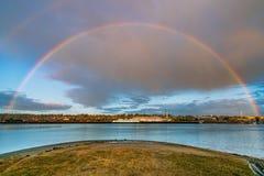 Arco-íris sobre Budd Inlet fotos de stock royalty free