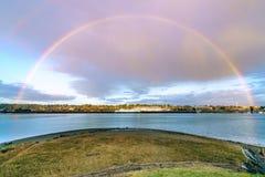 Arco-íris sobre Budd Inlet fotos de stock