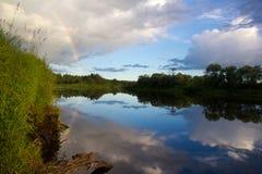 Arco-íris sobre o rio Imagem de Stock