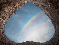 Arco-íris sobre a torre antiga fotos de stock royalty free