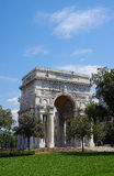 Arco πύλη Vittoria della Γένοβας, Ιταλία Στοκ εικόνες με δικαίωμα ελεύθερης χρήσης