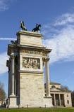Arco ρυθμός della και πόρτα πόλεων, Μιλάνο Στοκ φωτογραφίες με δικαίωμα ελεύθερης χρήσης
