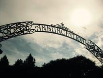 Arco alle nuvole, parco di annuncio, New Orleans fotografia stock libera da diritti