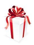 Arco bianco del regalo con l'arco rosso e dorato Immagini Stock