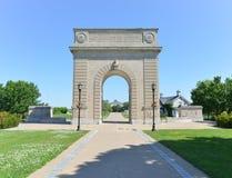 Arco commemorativo dell'istituto universitario militare reale, Kingston, Ontario fotografie stock