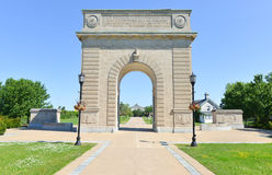 Arco commemorativo dell'istituto universitario militare reale, Kingston, Ontario immagine stock