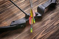 Arco con le frecce Fotografia Stock Libera da Diritti