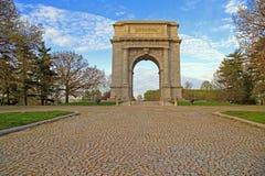Arco conmemorativo nacional en luz de la mañana imagen de archivo
