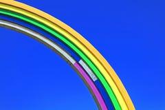 Arco da amizade dos povos, pintada nas cores do arco-íris, à vista da competição Eurovision-2017 da música Fotos de Stock Royalty Free