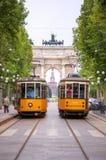 Arco da paz da porta de Sempione em Milão, Italy Imagens de Stock
