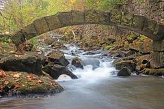 Arco da pedra de Limehouse imagens de stock royalty free