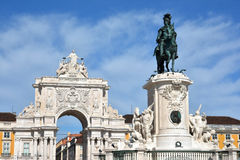 Arco da Rua Augusta in Praca do Comercio with King Jos� I monume Royalty Free Stock Photos