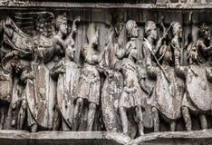 Arco de Constantine Frieze imagem de stock