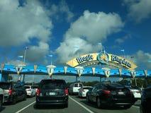 Arco de la entrada del mundo de Disney Fotografía de archivo libre de regalías