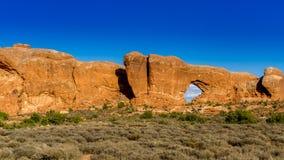 Arco de la piedra arenisca en el parque nacional de los arcos en Utah Imagenes de archivo