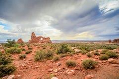 Arco de la ventana en el desierto del parque nacional de los arcos en Moab, Utah Fotografía de archivo