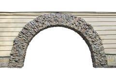 Arco de piedra en la pared aislada en el fondo blanco Fotografía de archivo