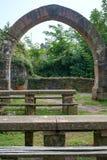 Arco de piedra en Madenburg Fotografía de archivo libre de regalías