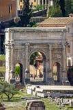 Arco de Septimius Severus en Roman Forum, Roma foto de archivo