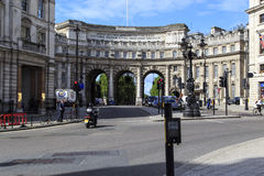 Arco del Ministerio de marina, Londres imagenes de archivo