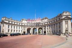 Arco del Ministerio de marina, un edificio de la señal en Londres, Reino Unido Foto de archivo libre de regalías