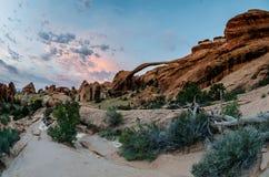 Arco del paisaje por mañana Imagen de archivo libre de regalías