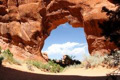 Arco 2 del pino, in arché parco nazionale, l'Utah immagine stock