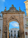 Arco del St. Anthony. Martina Franca. Apulia. fotos de archivo