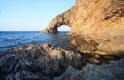 Arco dell'Elefante, Pantelleria Στοκ φωτογραφία με δικαίωμα ελεύθερης χρήσης