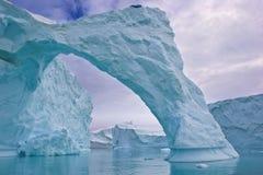 Arco dell'iceberg Fotografia Stock Libera da Diritti