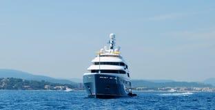 Arco dell'yacht di lusso Fotografie Stock Libere da Diritti