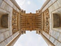 Arco della Schritt in Mailand Stockfoto