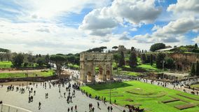 Arco di Constantine a Roma stock footage